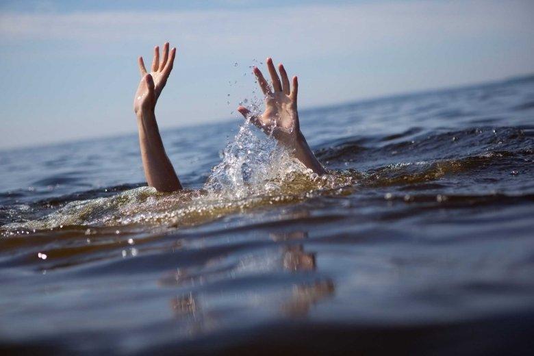 Így segíthetünk a fuldoklónak anélkül, hogy mi is a vízbe vesznénk