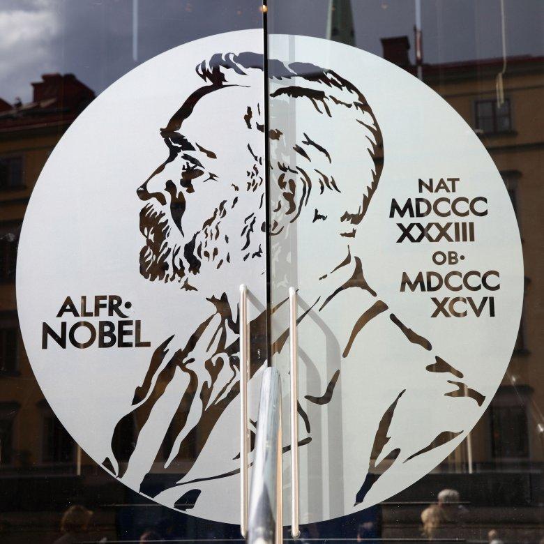 Visszavonhatóvá kellene tenni a Nobel-békedíjat az orosz házelnök szerint