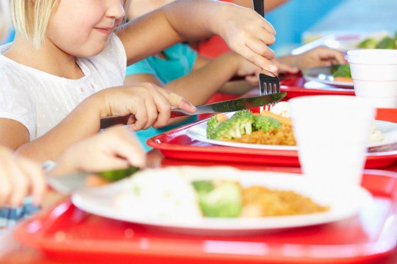 Ételmérgezés gyanújával visznek kórházba több gyermeket Pottyondról