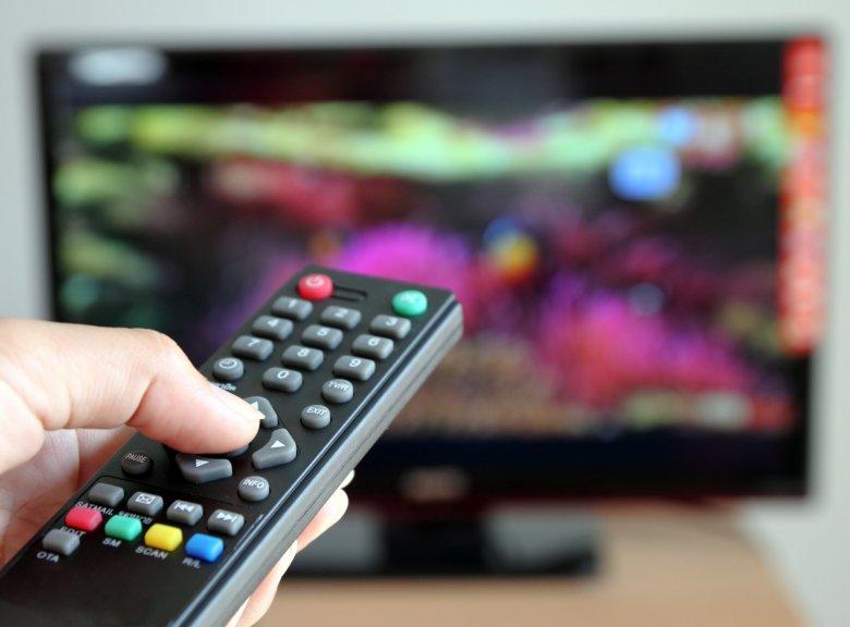Mindenhol jó, de a legjobb otthon, a tévé előtt?