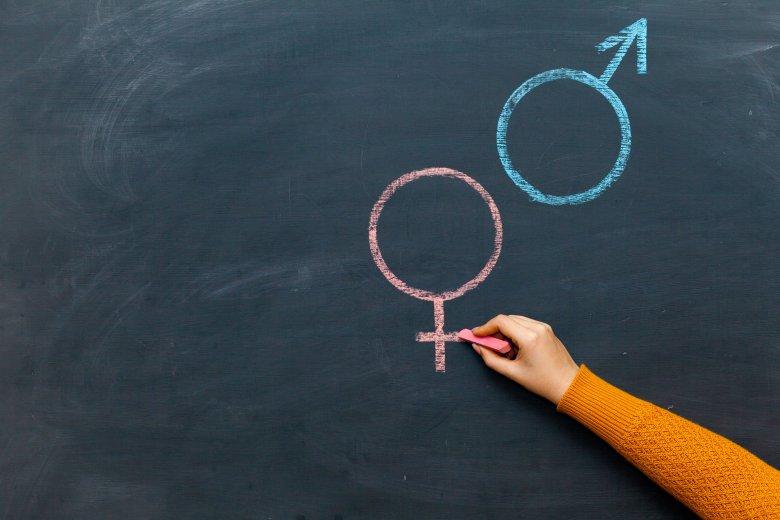 Szexuális nevelés: ezentúl csak egészségügyi nevelés címszó alatt, szülői felhatalmazással