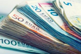 Még mindig törleszti Románia a 2008-as válság miatt felvett hitelt, az eddigi kifizetésekhez is kellett kölcsön