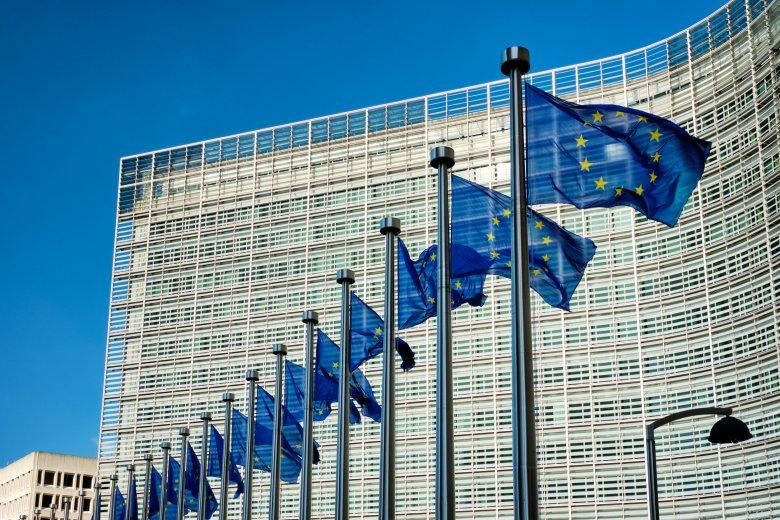 Megbízható, minden uniós tagállam által elfogadott digitális oltási igazolványt szeretnének