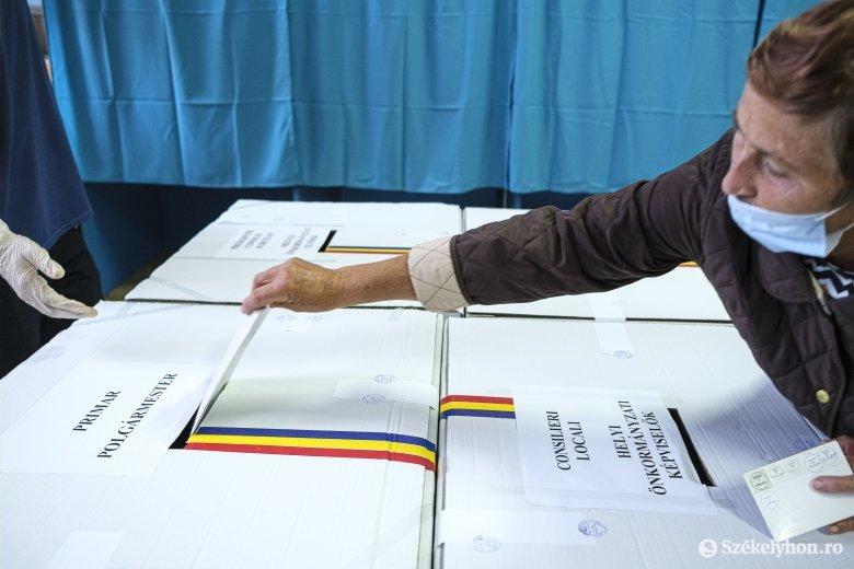 """Cioloş ismét a kétfordulós polgármester-választással """"hergeli"""" az RMDSZ-t"""