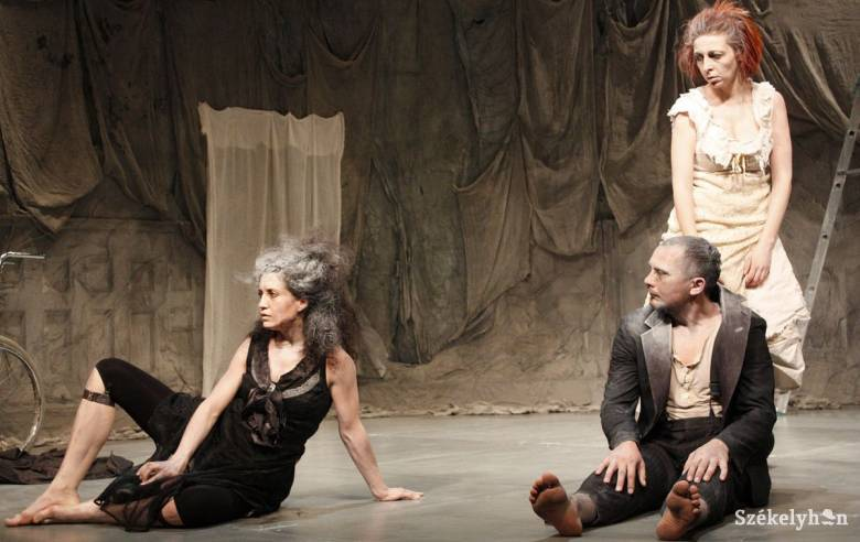 Erdélyi produkciók a kisvárdai színházi fesztiválon