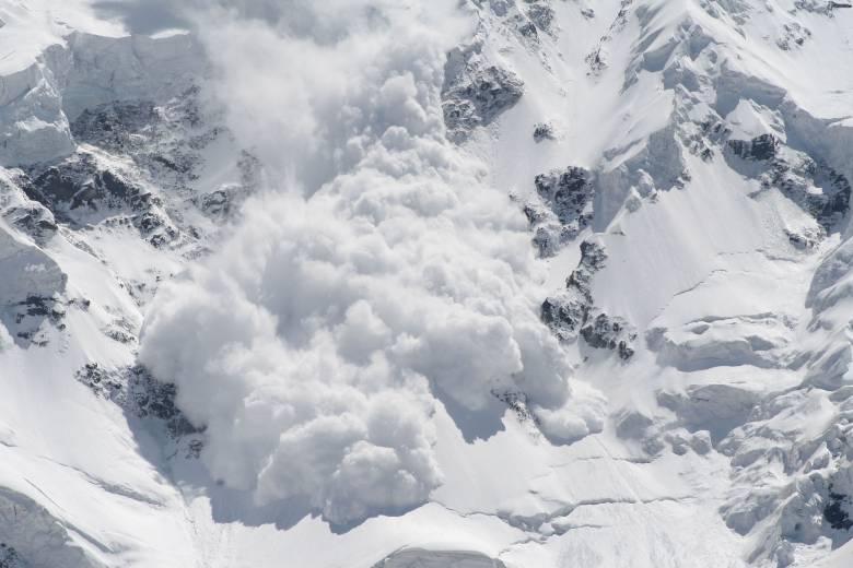 Többen életüket vesztették lavina következtében a Francia Alpokban