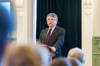 Kövér: Magyarország Trianon századik évfordulójára újra tekintélyt vívott ki magának