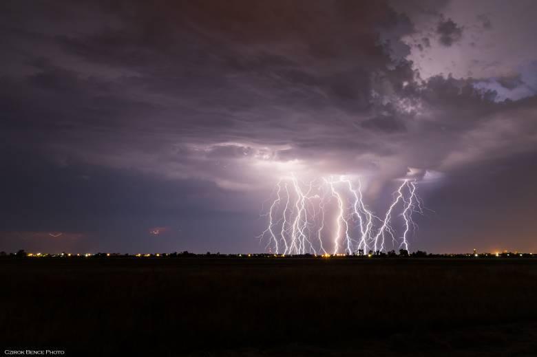 Ezen a hétvégén sem maradunk viharok nélkül