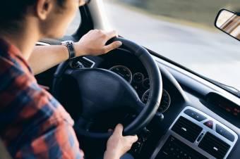 Pluszpont járhat az óvatos sofőröknek egy törvénymódosító javaslat szerint