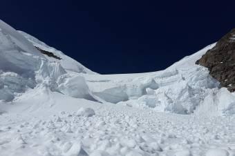 Lavinaveszély a Fogarasi-havasokban