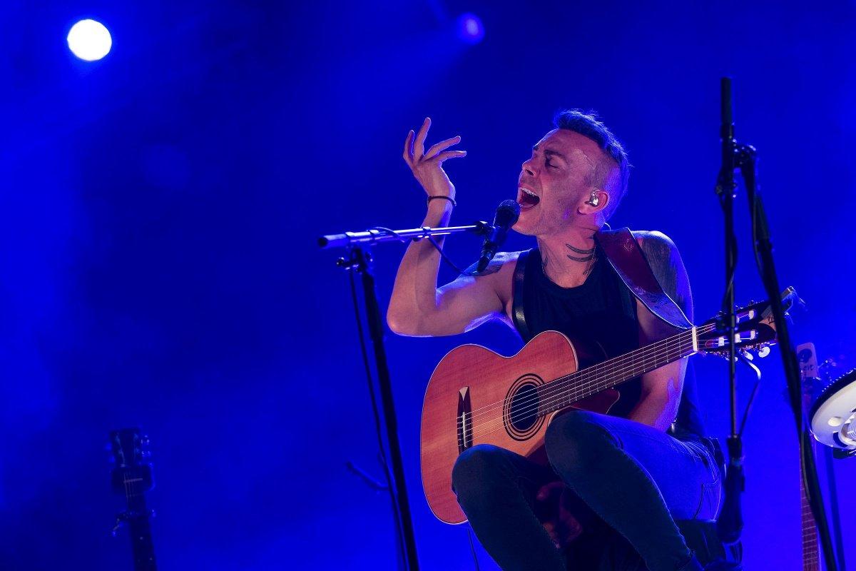 Asaf Avidan izraeli indie énekes-dalszerző koncertje a Sziget harmadik napján <span class=