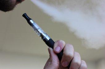 Már egy tucat halálos áldozata van az elektromos cigaretta szívásának az Egyesült Államokban