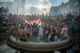 Így szurkoltak Zágrábban a horvátoknak