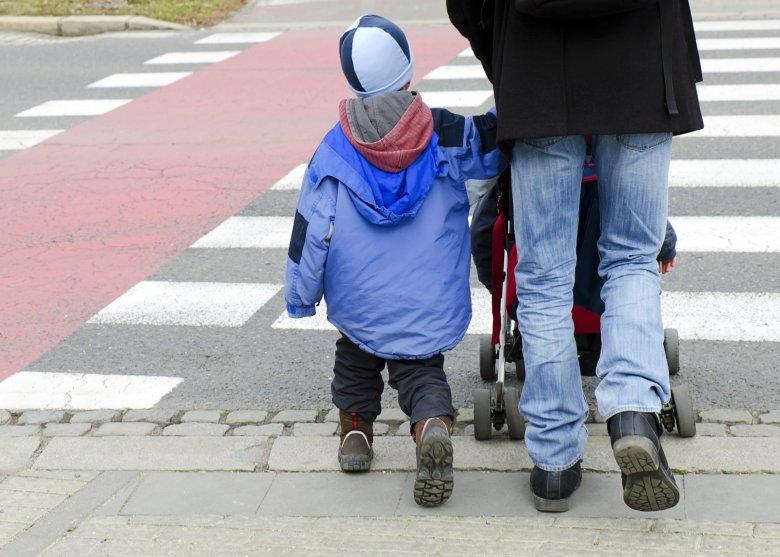 Az ág is húzza az egyedülálló szülőt