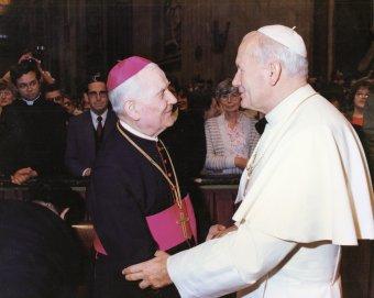 A megalkuvás nélkül szolgáló Jakab Antal megyéspüspök