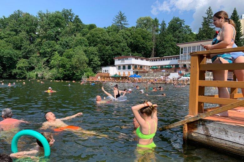 Elismerték: a világ legnagyobb heliotermikus tava a Medve-tó