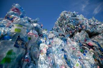 További harminc konténernyi hulladékot fedeztek fel a konstancai kikötőben