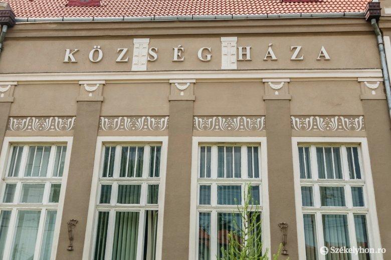 Két per és többéves jogi csata után bukják el a magyar feliratot
