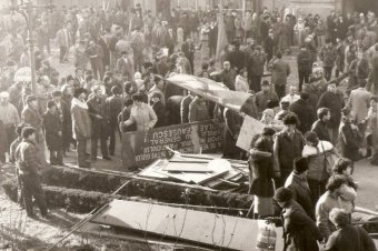 Emberiség ellen elkövetett bűncselekmények a vád az 1989-es forradalom perében