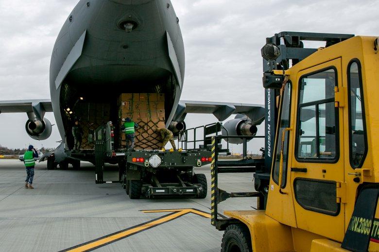 Vészhelyzeti bizottság: Románia humanitárius segélyt nyújt a járvány sújtotta Indiának