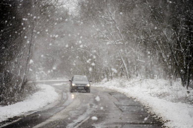 Még marad az évszakhoz képest hideg időjárás, több erdélyi megyében is havazhat