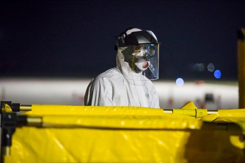Egy nap alatt majdnem nyolcszáz ember halt meg a koronavírus miatt Olaszországban
