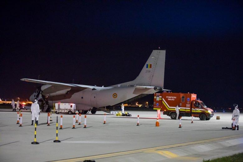 Nyolc román állampolgárt menekített ki Olaszországból a légierő