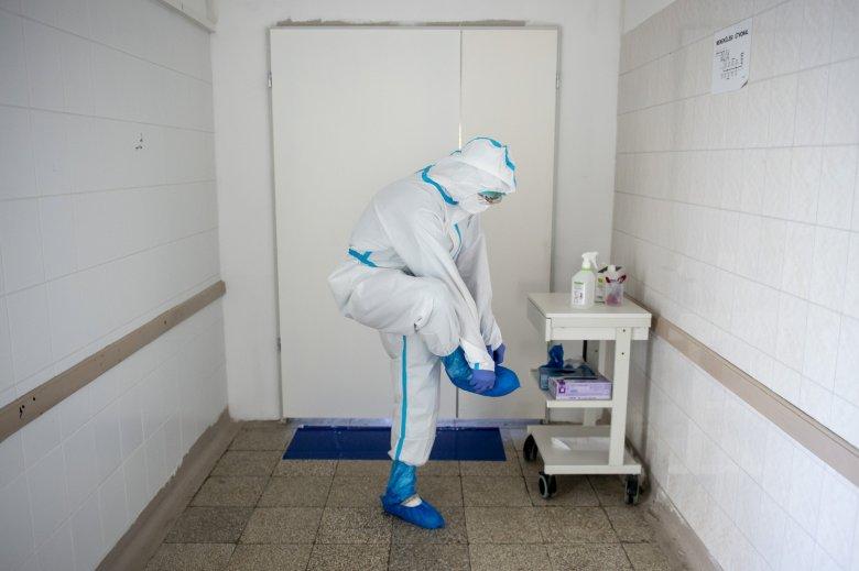 1400-hoz közelít az új fertőzöttek száma