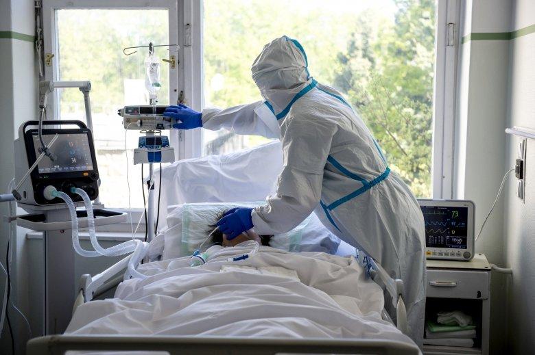 Közel négyszáz új fertőzött az elmúlt 24 óra alatt