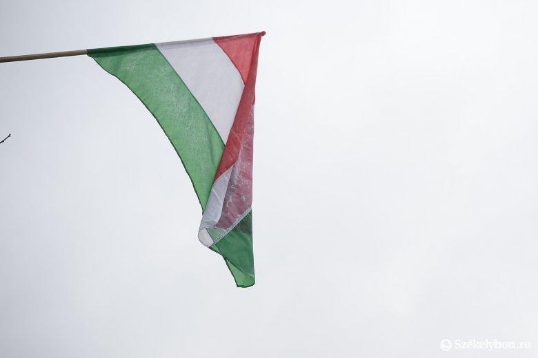 Megfellebbezi Antal Árpád a zászlóbírságot, de most nem ez a prioritás