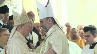 Elfoglalta püspöki székét Kovács Gergely, az erdélyi főegyházmegye új érseke