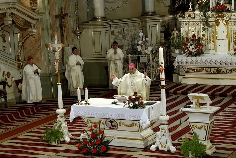 Zarándokok nélkül, a kegytemplomban tartják meg a pünkösdszombati búcsút Csíksomlyón