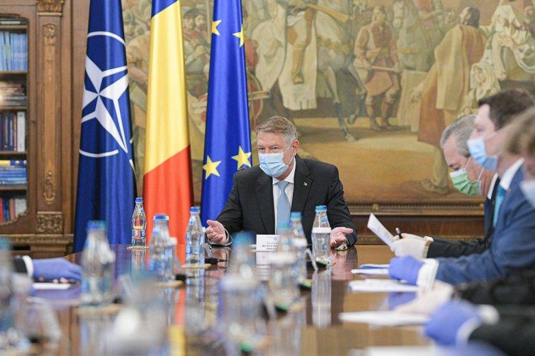 Iohannis: továbbra is szükség lesz az írásos nyilatkozatra, ha elhagyjuk a településünket