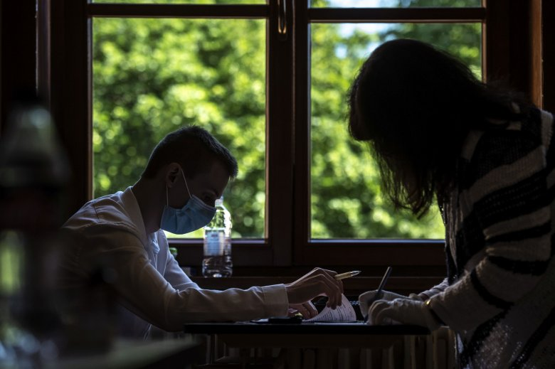 63 százalék alatt a sikeresen érettségizők országos aránya