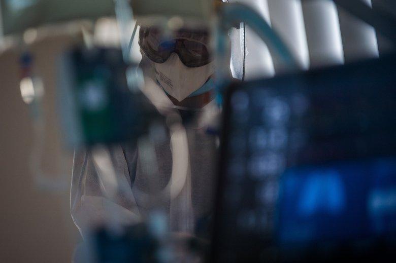 Öt új koronavírus-fertőzött személyt regisztráltak Maros megyében