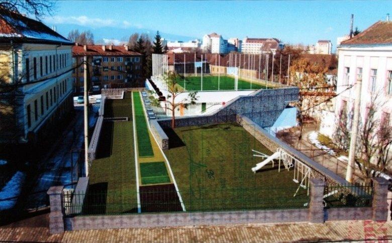 Közel tíz év után épülhet az iskolai tornaterem, a tetőre kerül a sportpálya