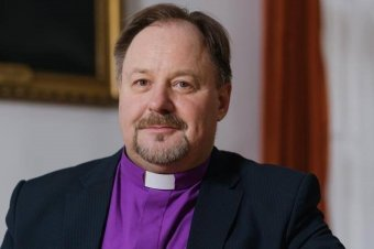 Adorjáni Dezső Zoltán evangélikus püspök: legyen bátorságunk felfelé nézni a megpróbáltatásban