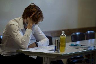 Hátrányból vágnak neki a vizsgáknak azok, akik nem tudtak részt venni az online oktatásban