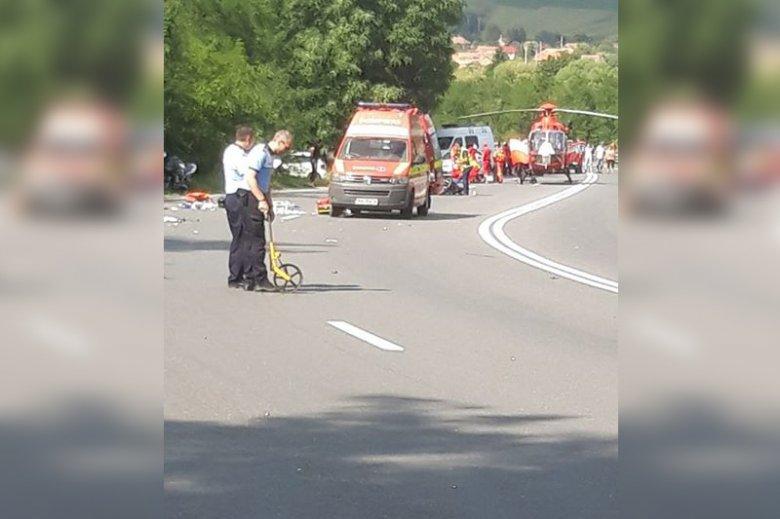 Motorost szállított kórházba a mentőhelikopter