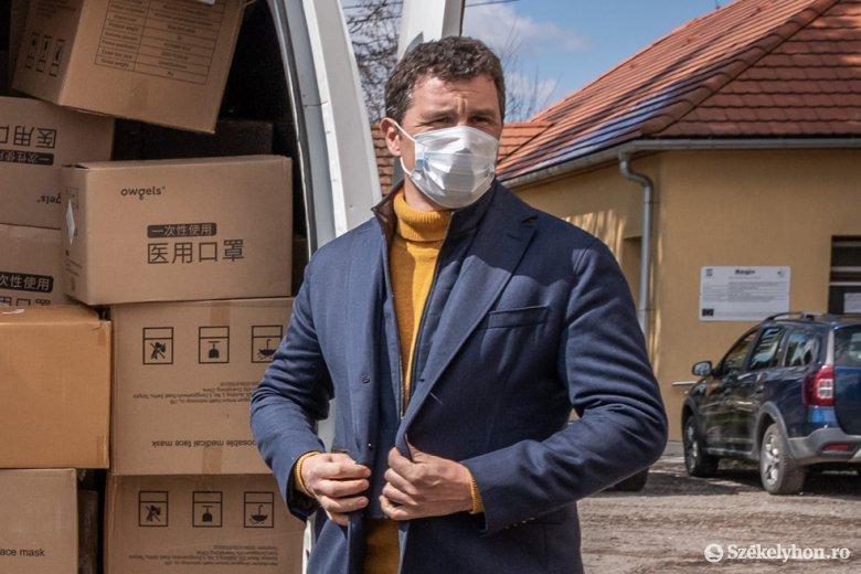 Legyőzte a fertőzést Tánczos Barna szenátor, de továbbra is légzési gondokkal küzd tüdőgyulladás miatt