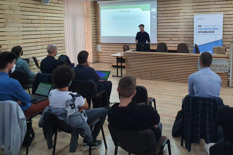 Nagy népszerűségnek örül az U-Hub Mentorprogram