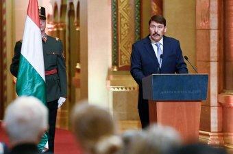 Klaus Iohannishoz fordult Áder János magyar államfő a Szamos nehézfémszennyezése miatt