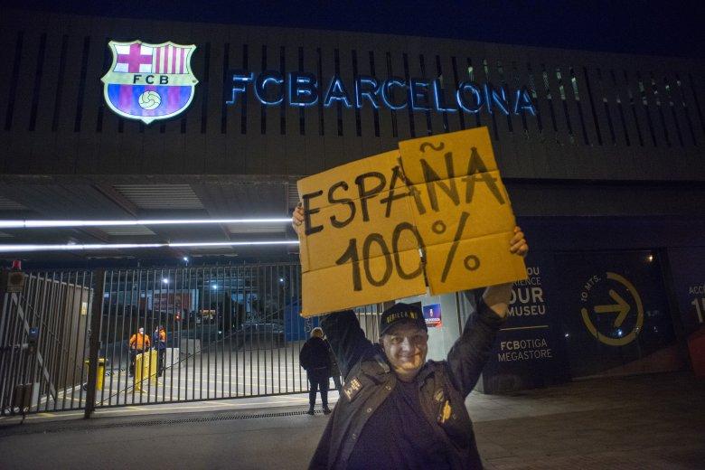 Spanyolország kipipálva: a hetedik országban is összegyűlt a szükséges számú aláírás