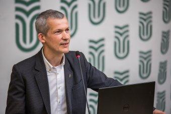FRISSÍTVE - Tonk Márton, a Sapientia EMTE új rektora a Krónikának: erkölcsi kötelességem vállalni a tisztséget édesapám miatt is