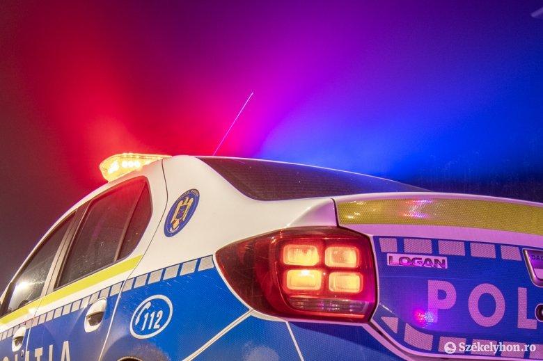 Ittasan, jogosítvány nélkül vezető sofőr próbált meg elmenekülni a rendőrök elől