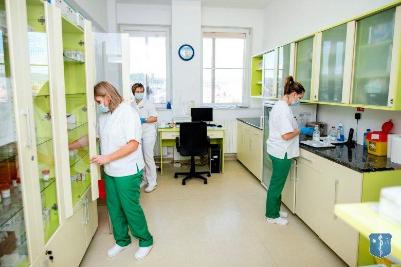 A sepsiszentgyörgyi kórház alkalmazottainak több mint háromnegyede nő
