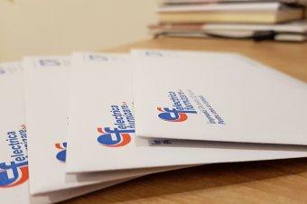 """Aláírásgyűjtést indít a PSD az energiaárak korlátozásáért, """"kihallgatják"""" a minisztert"""