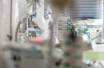 Vasárnapi tesztüzem – kétezer fölött az új fertőzöttek száma