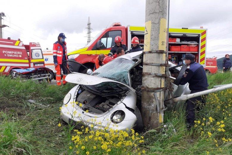 Súlyos baleset Csíkszereda határában, roncsok közül kellett kimenteni a sérültet