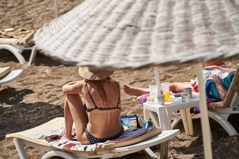Oltáskampány-koordinátor: főként a tengerparton gyorsulhat fel a vírus terjedése